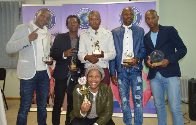 Sele Thetsane named top player at awards